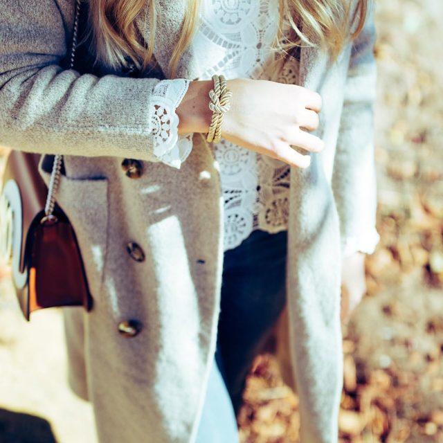 Fall shooting of yesterdayDas wunderschne Armband ist von blvckletter photoofthedayhellip