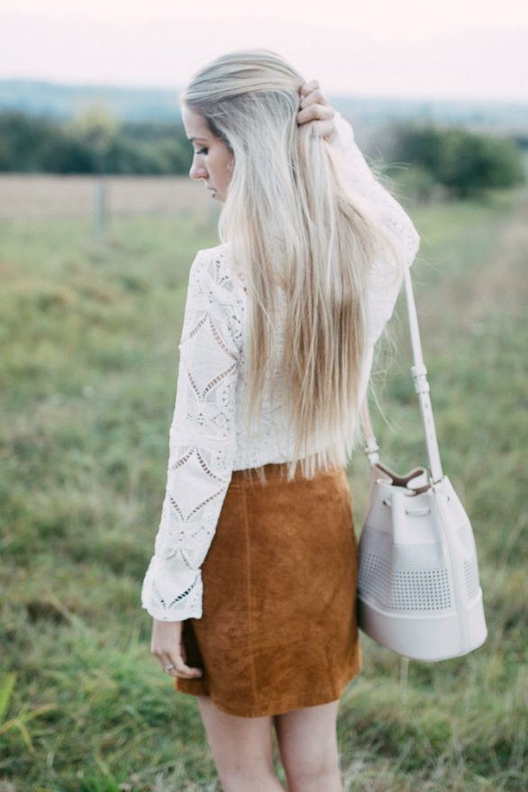 Trendreport Lederrock leather skirt Vila Bluse Zara Tasche  Fashionblonde  Blog Blogger Modeblog Outfit  Style Trend