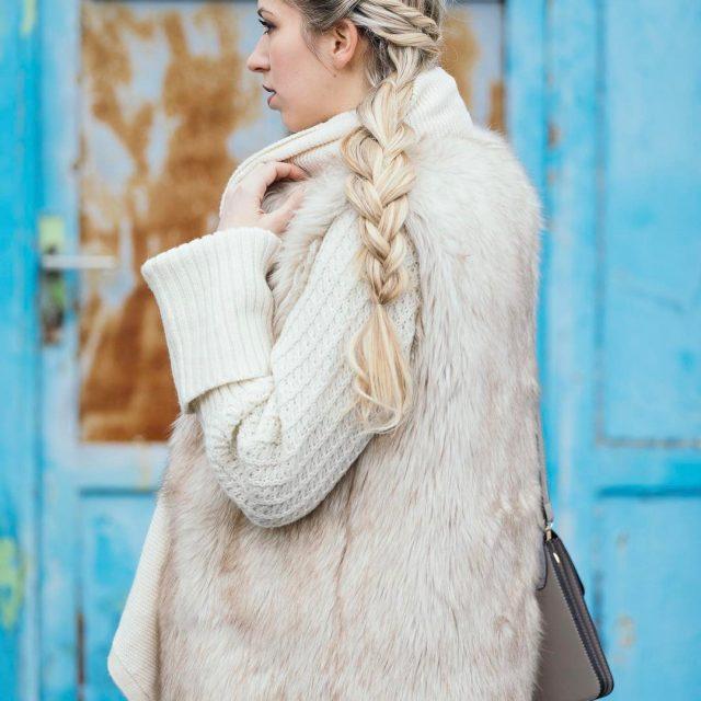 New post online! zara lookbook lookoftheday fashionblonde outfitdetails streetstyled converseallstarhellip
