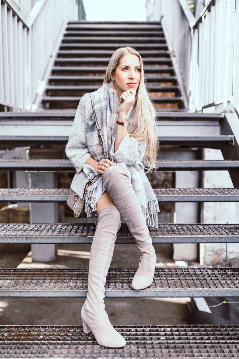 peter_kaiser_overknee_kardi_herbstlook_fashionblonde