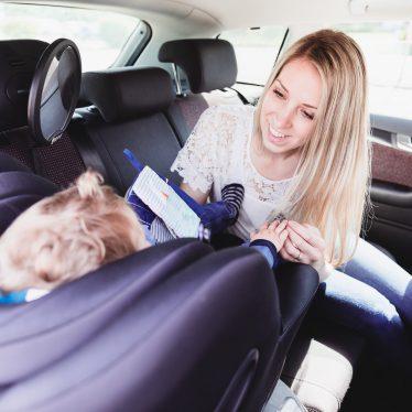 Von der Babyschale zum Reboarder – Welcher Kindersitz für mein Kind?